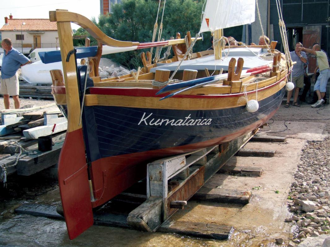 Vratimo život staroj barci