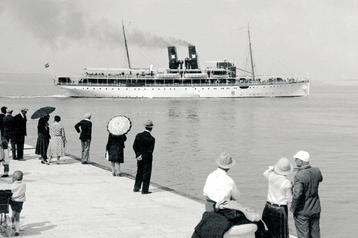 Povijesni brodovi: Brodovi i jahte kojima su plovili Karađorđevići