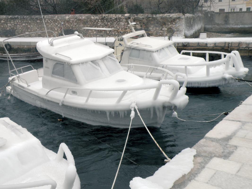 Par hladnih savjeta za zimovanje plovila