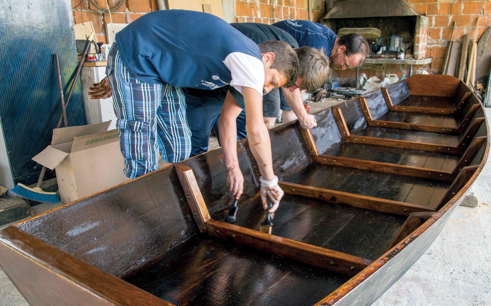Jadranski pomorski Institut: Tradicija u rukama djece