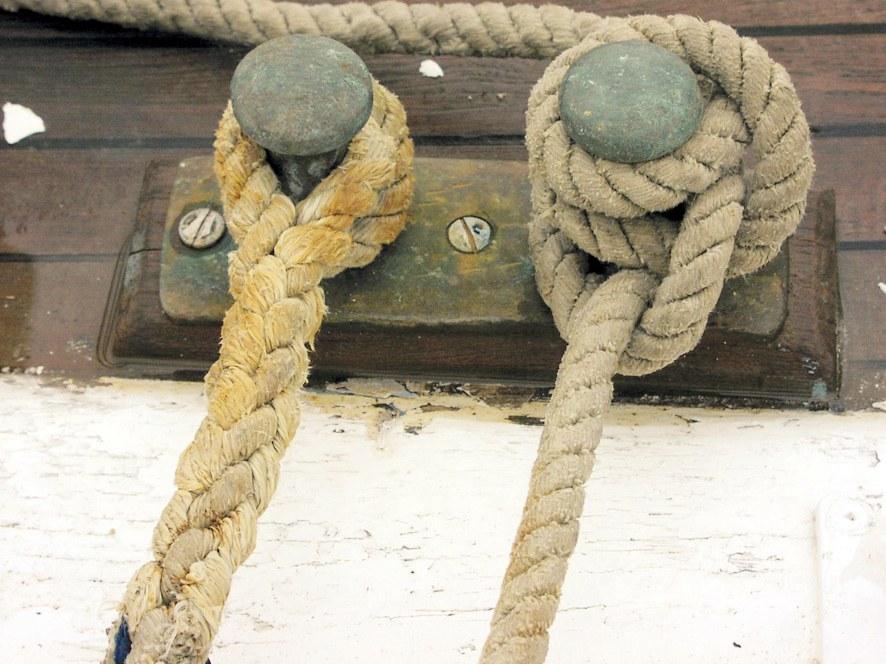 Hidrodinamika: Manevriranje plovilom - pristajanje i isplovljavanje