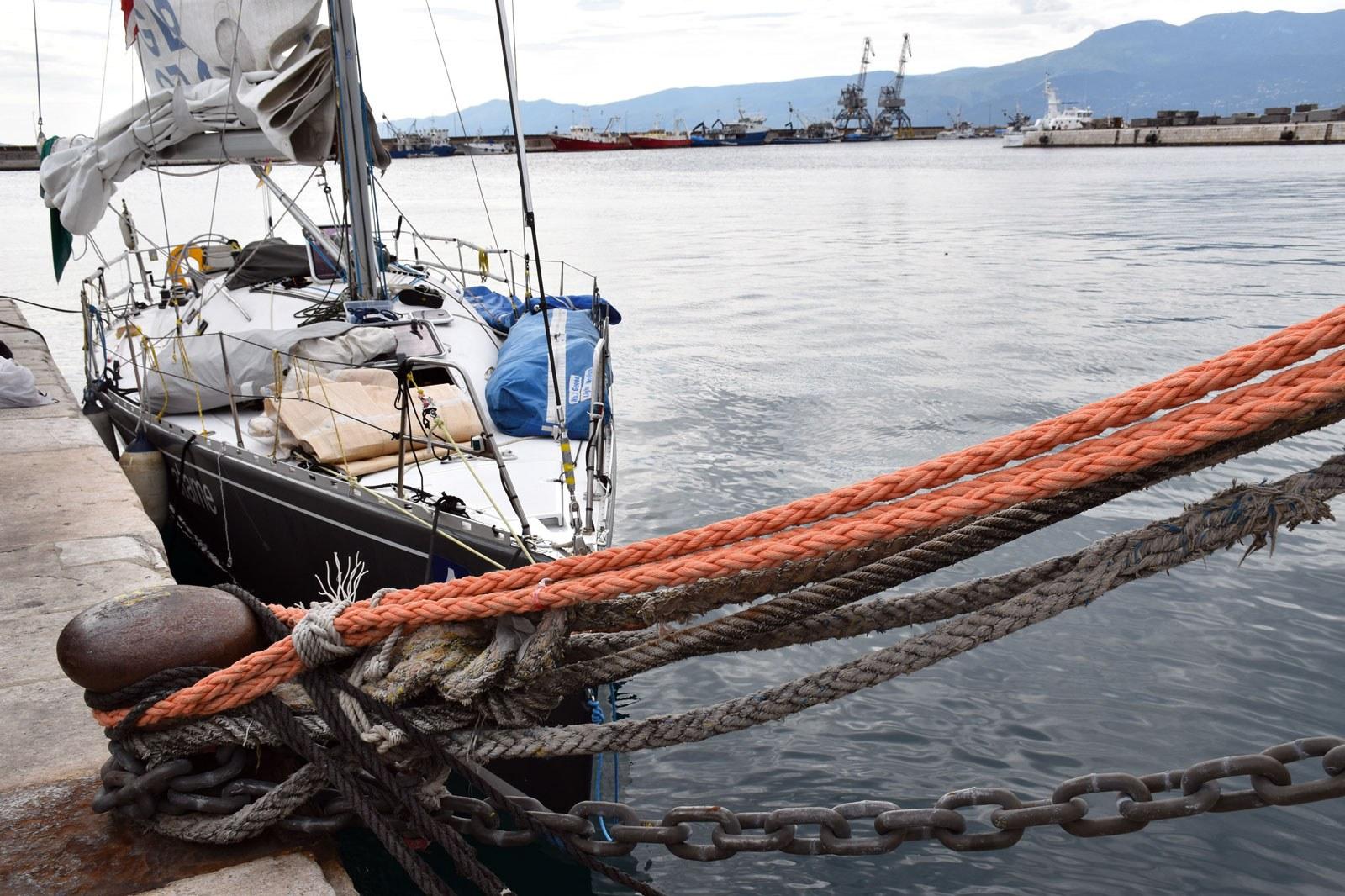 Obavezna oprema na plovilu