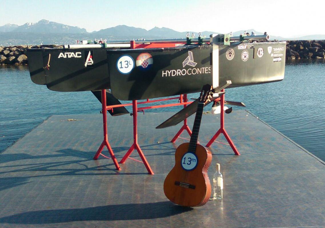 Mlade nade brodogradnje: Adria Hydrofoil Team