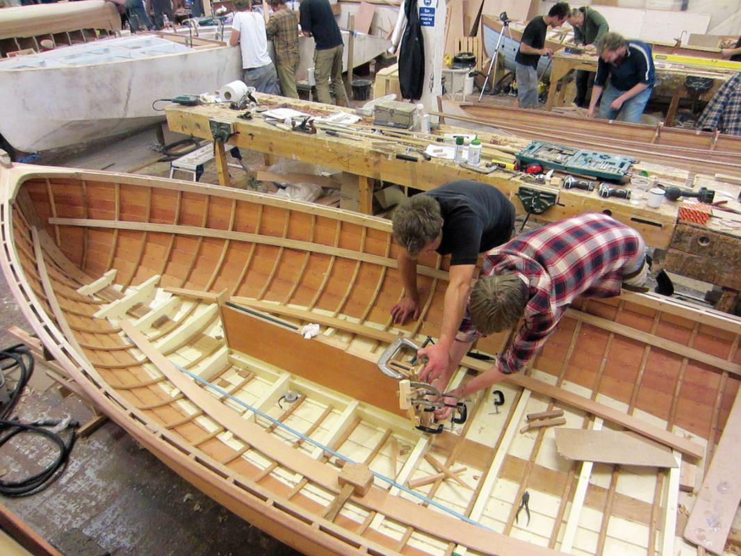 Hidrodinamika: Gradnja drvenog plovila primjenom epoksidne smole