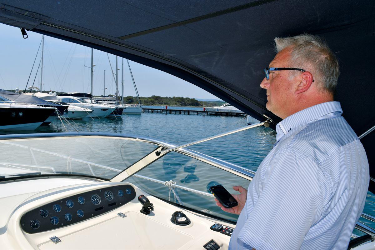 Yacht Control - Skiper s vrha prsta