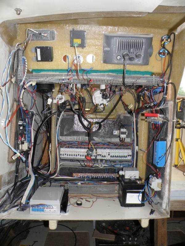 Autonomni izmjenjivač (inverter)