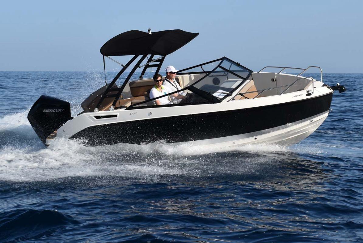 Quicksilver Activ 675 Bowrider i Cruiser