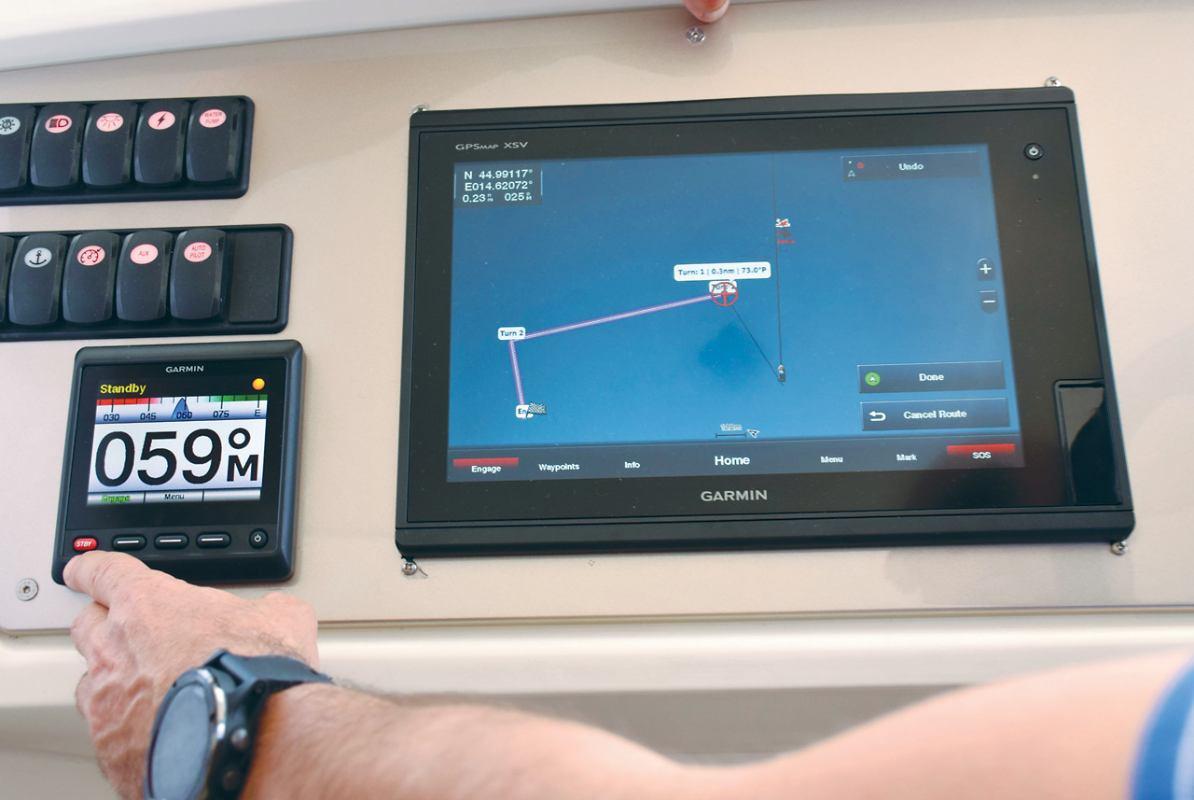 Garminova nautička karta BlueChart® g3