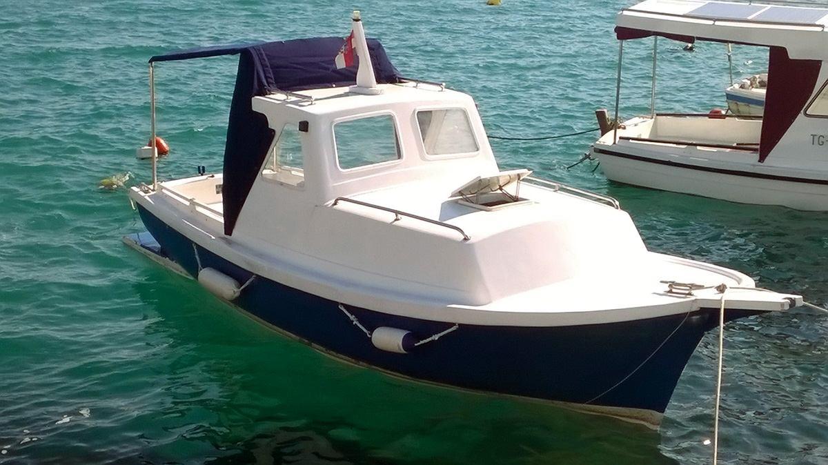 Obnovili smo stari Gradac proizvodima iz Jotunovog Yachtintg programa