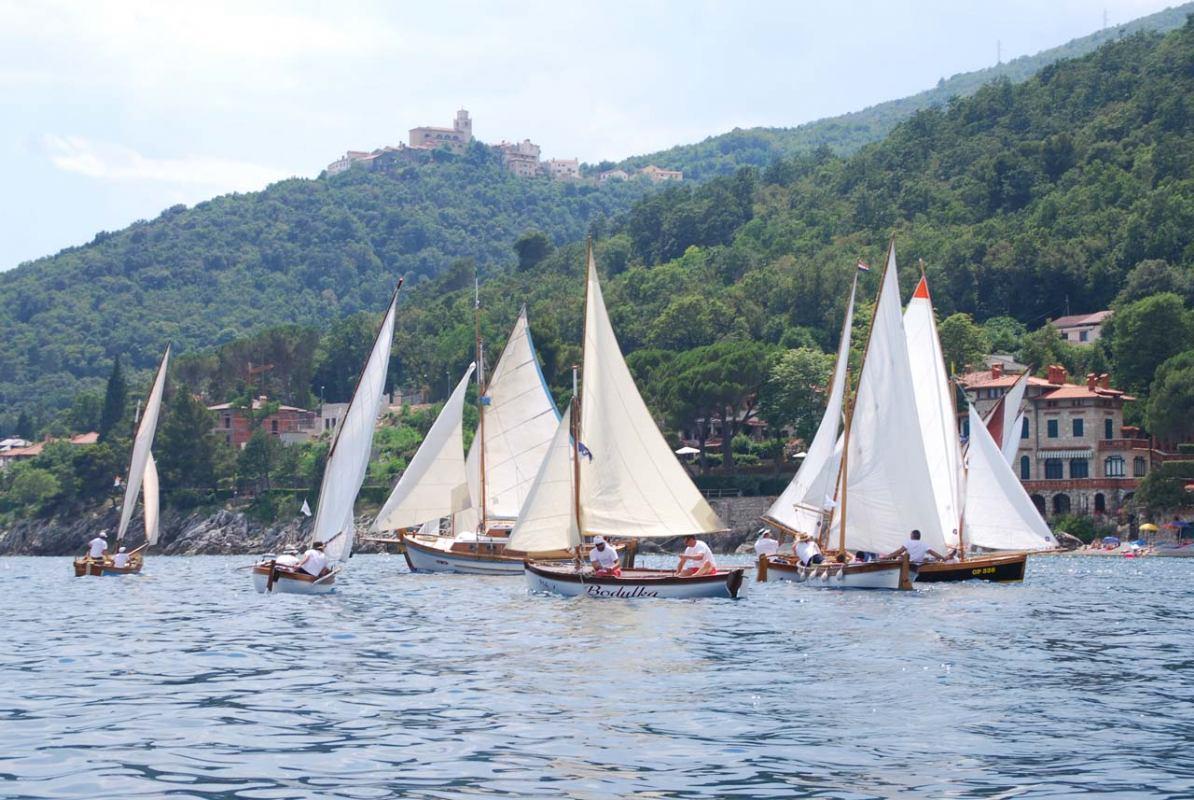 Danas počinje 10. Smotra i regata u Mošćeničkoj Dragi