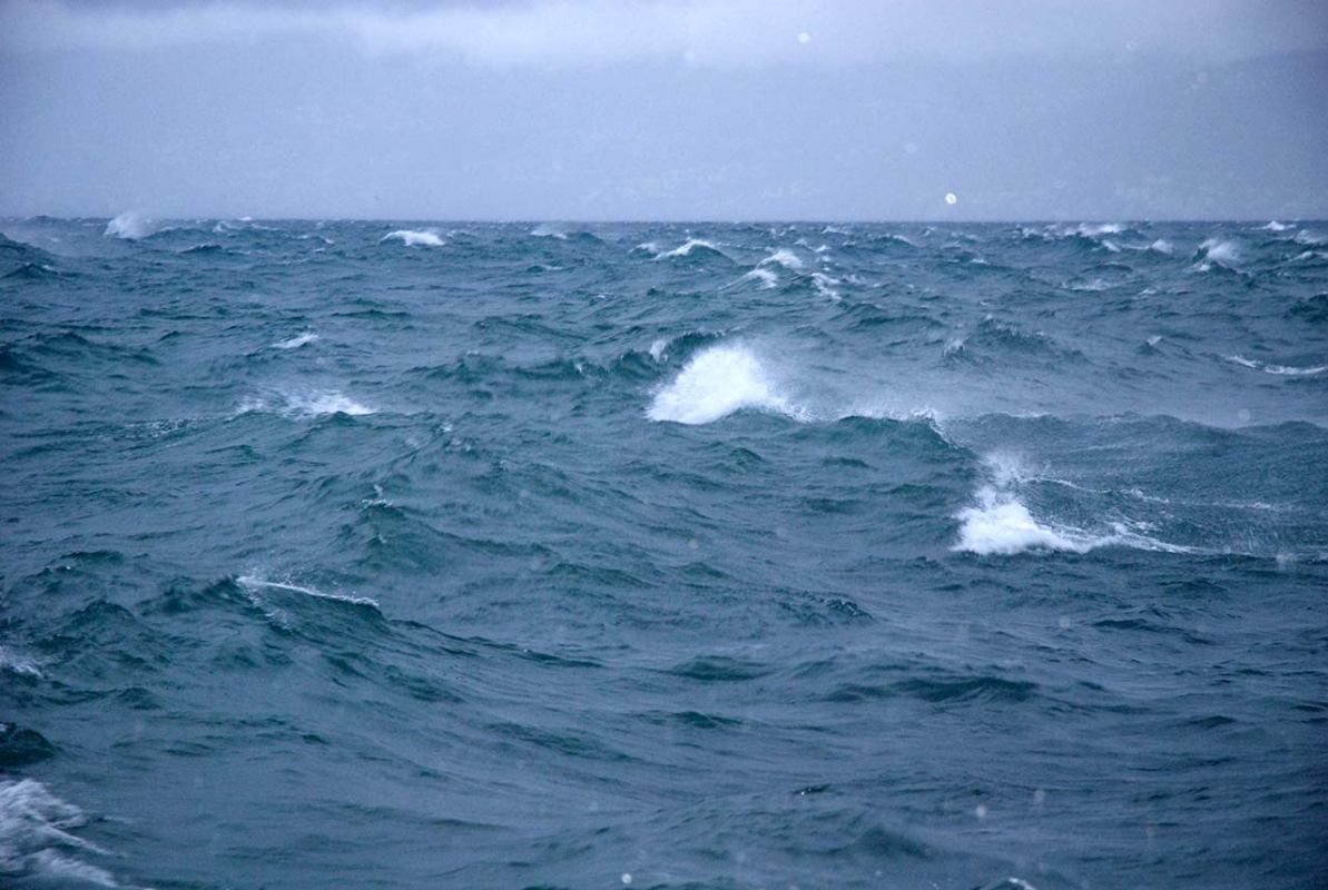 Izmjereni najveći valovi Južnoga oceana