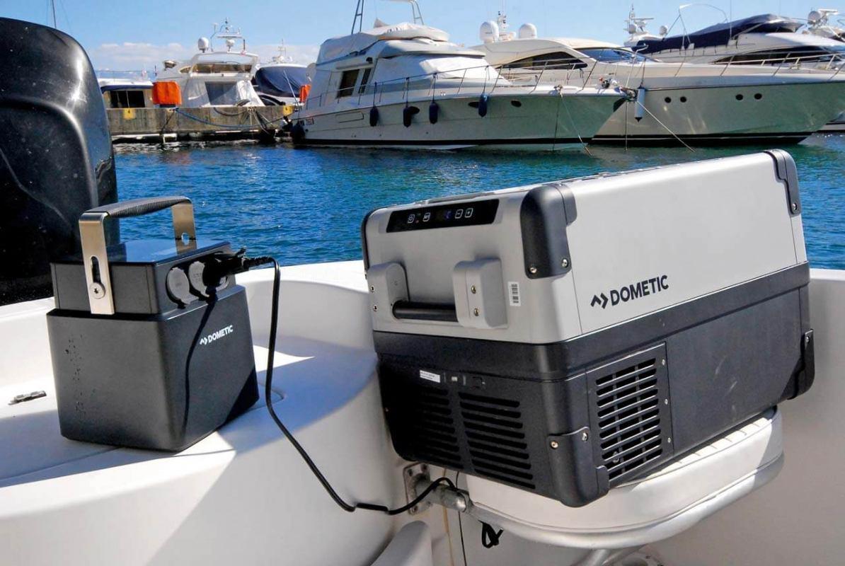 Prijenosni akumulator PLB 40 i hladnjak Domestic CFX35