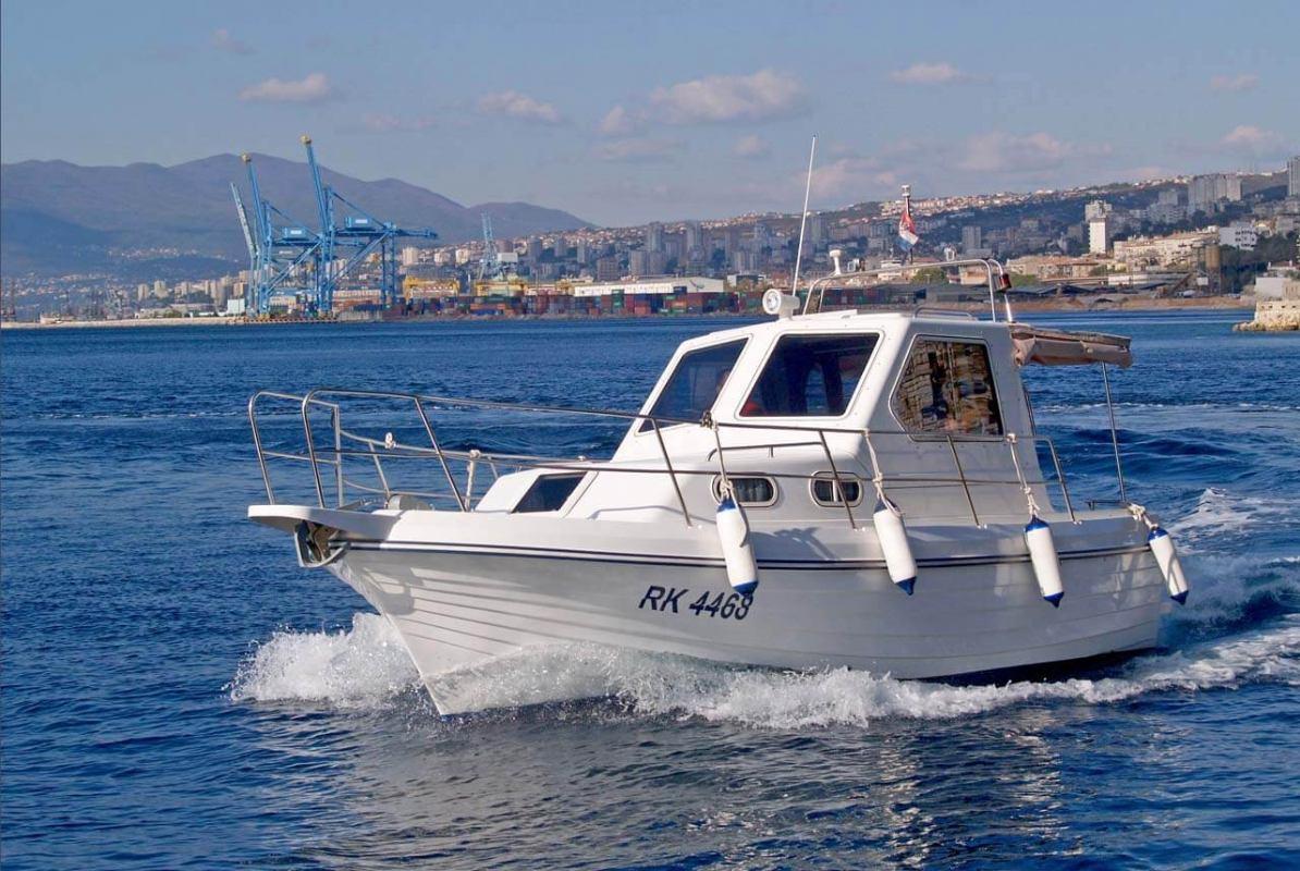 Usavršavanje formi stakloplastičnih brodica na Jadranu