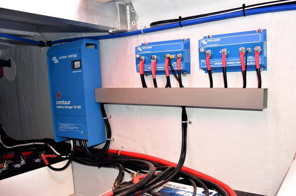 Mini BMS uređaj za nadzor LFP baterija
