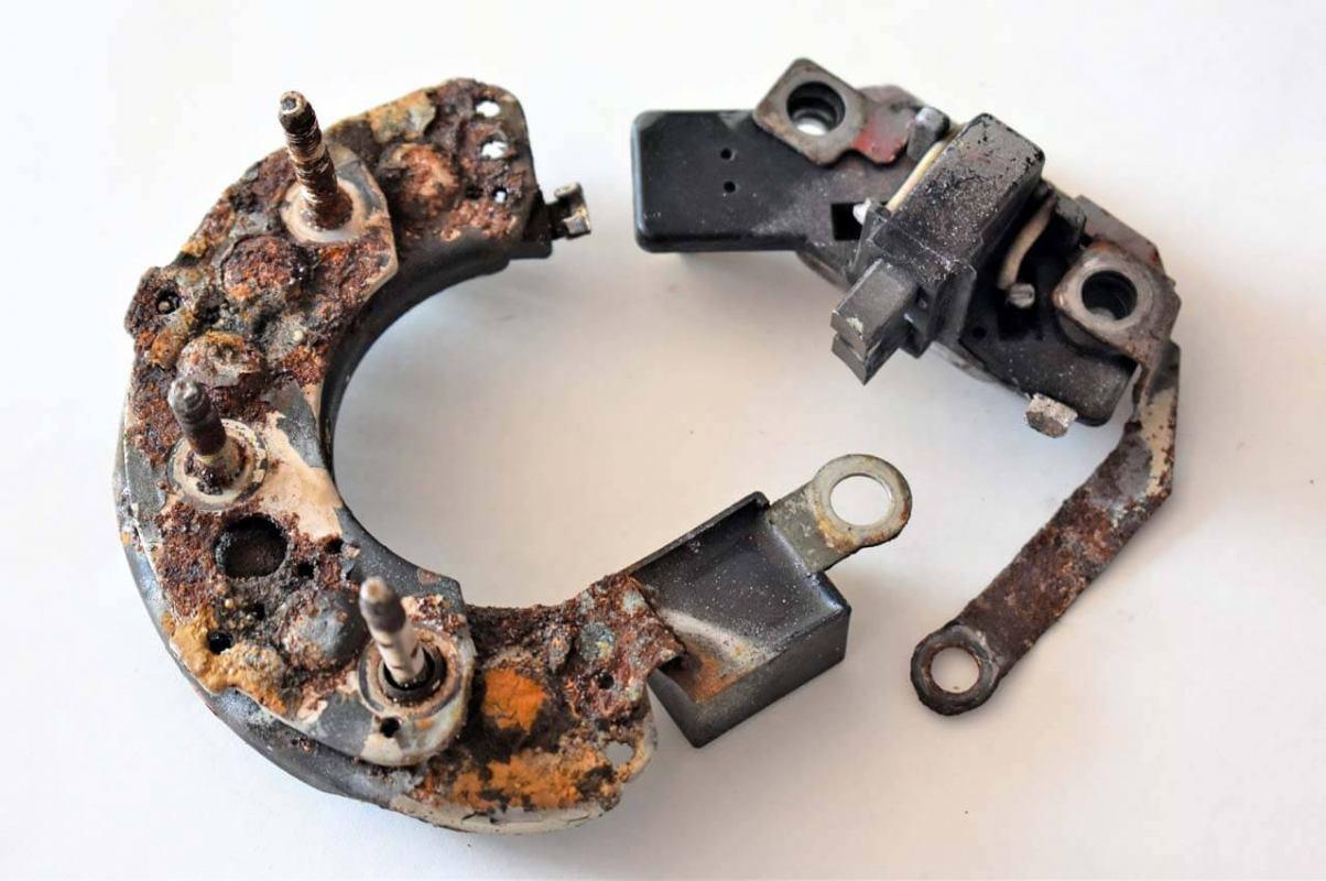 Problemi s alternatorom