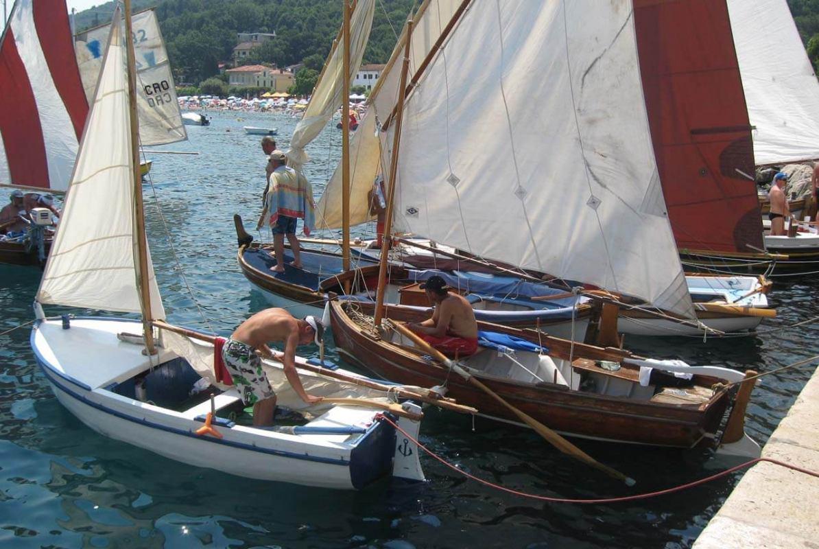 Preko 400 tisuća kuna za obnovu malih tradicijskih barki