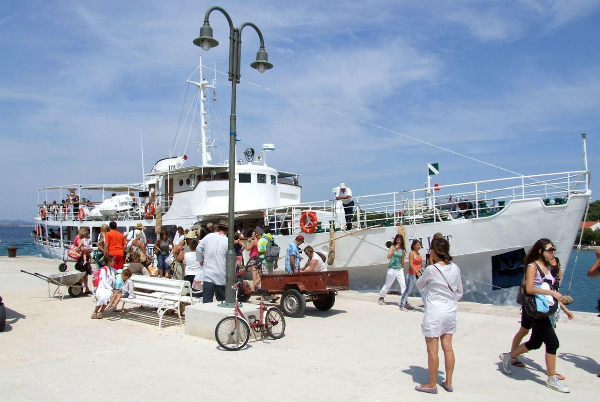 Brodograditelji gdje ste? Traži se električna brodica za potrebe projekta Hrvatskog centra koralja Zlarin