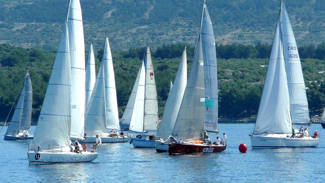 39. PRIMORSKA REGATA – Sve zaljubljenike u more i jedrenje pozivamo na prvu veću postkoronalnu regatu koja se jedri ovoga vikenda