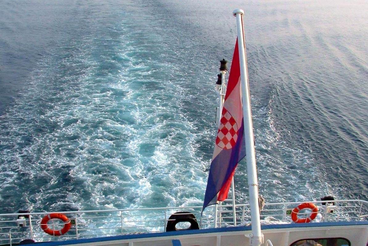 Ministarstvo mora se pohvalilo: Američka Obalna straža odala priznanje hrvatskoj zastavi