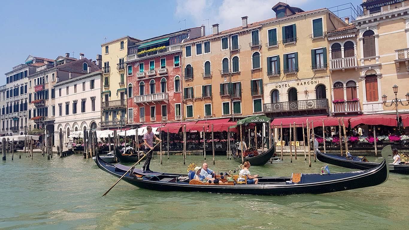 Venecijanska gondola