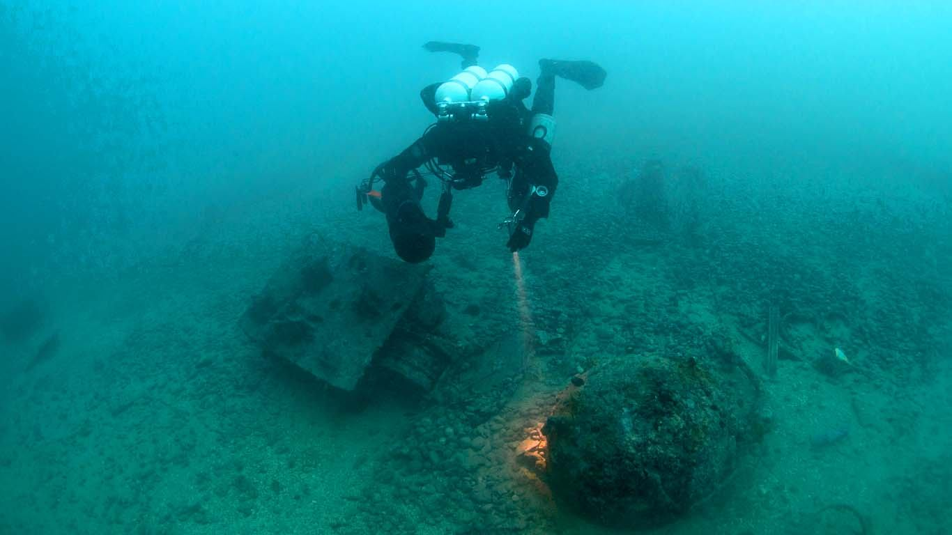 Lovac na podvodne mine traga za galijom ukrašenom zlatom?!