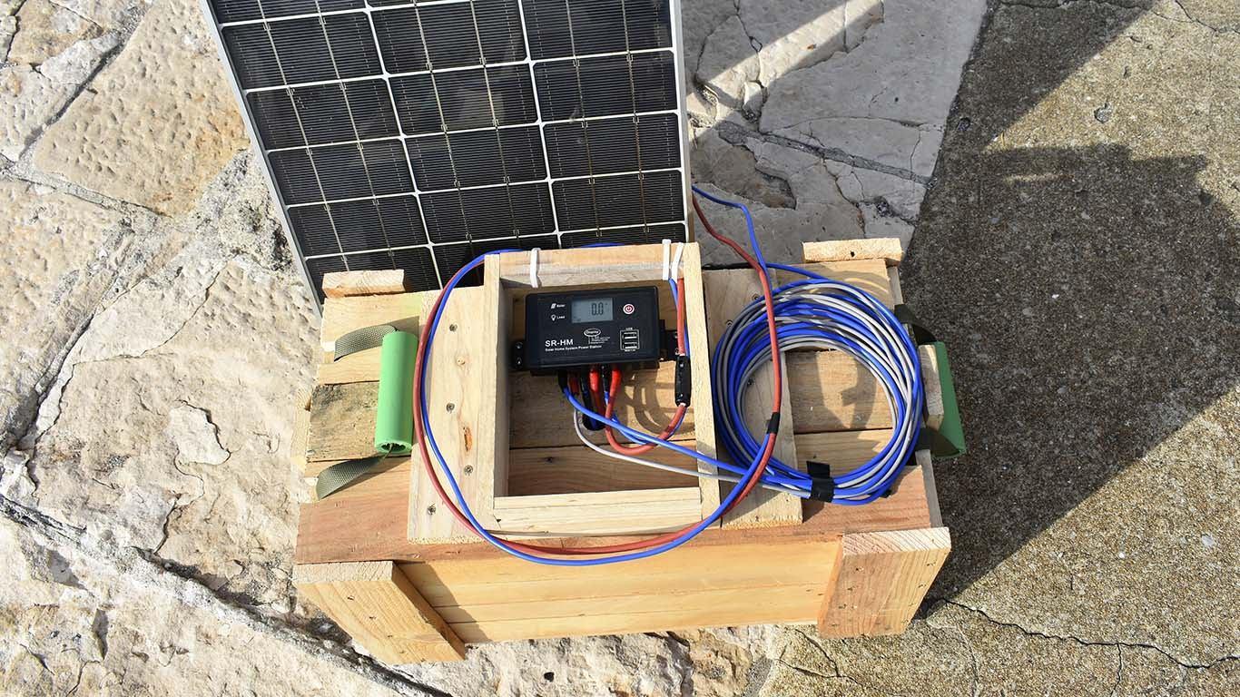 Jednostavni prijenosni solarni sustav