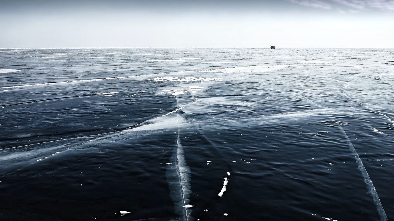 Tko će ako ne Rusi!? Srušen svjetski rekord u zaronu ispod leda