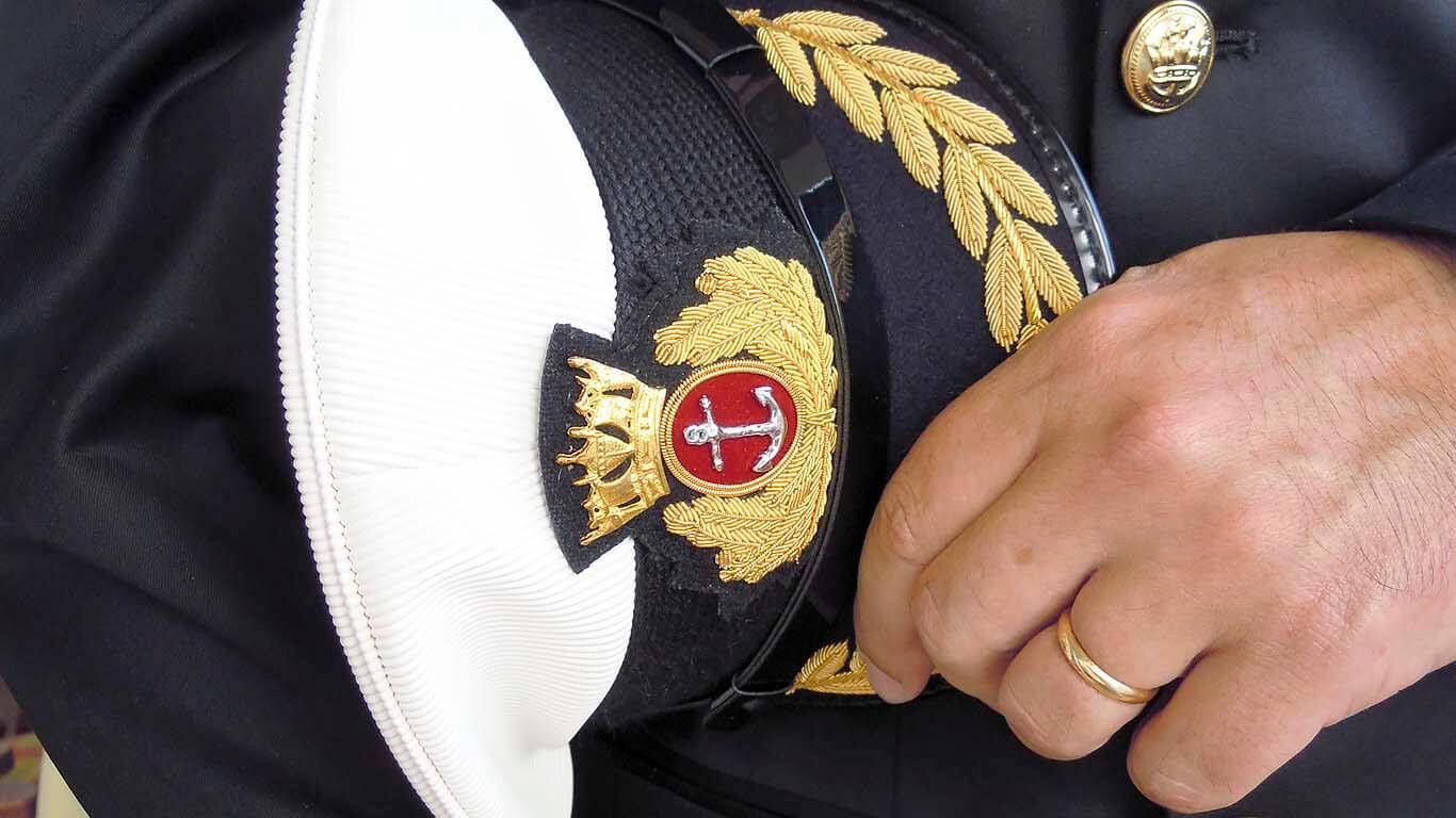 Pomorski kapetan: Od boga na brodu do demokrate i vođe tima
