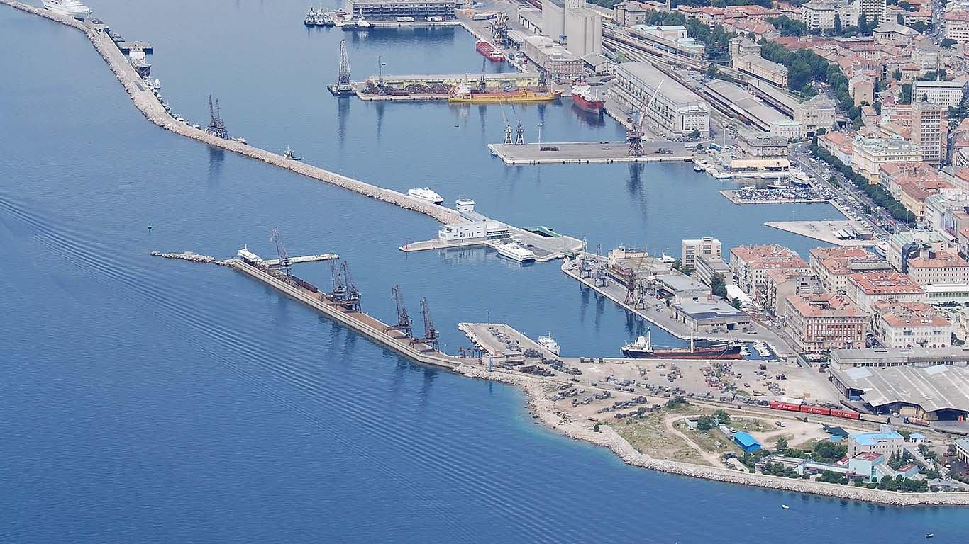 Okreće li se Rijeka napokon moru?