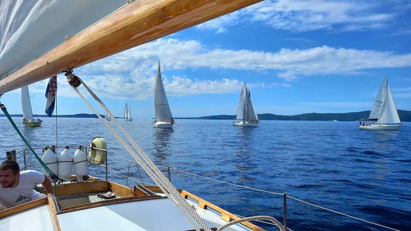 Odjedrena 23. Labud Classic & Vintage regata