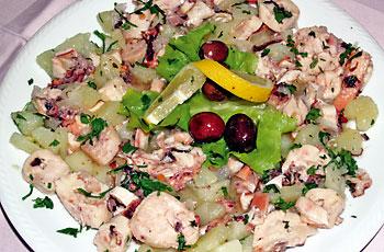 Hobotnica na salatu