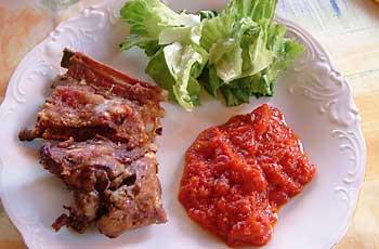 Janjetina na ražnju (špici) i salsa od pomidora