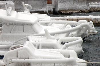 Led na barci