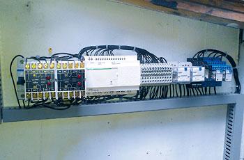 Alarmna centrala ENIA-01